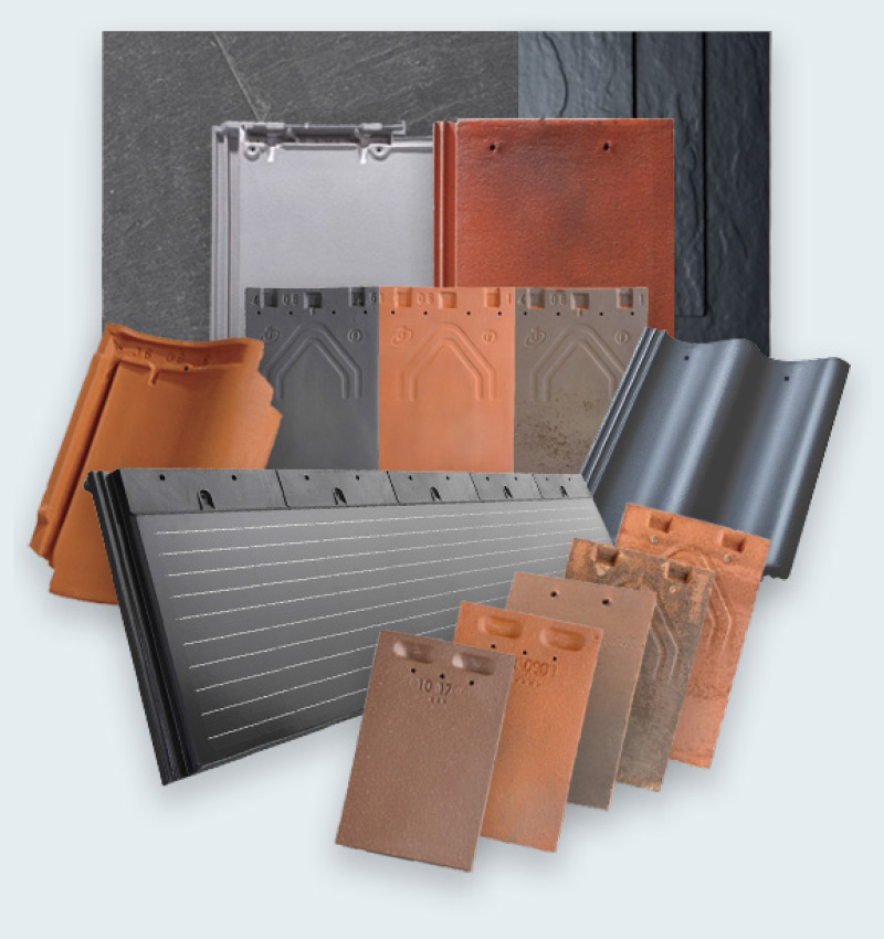 Montage of roofing tiles