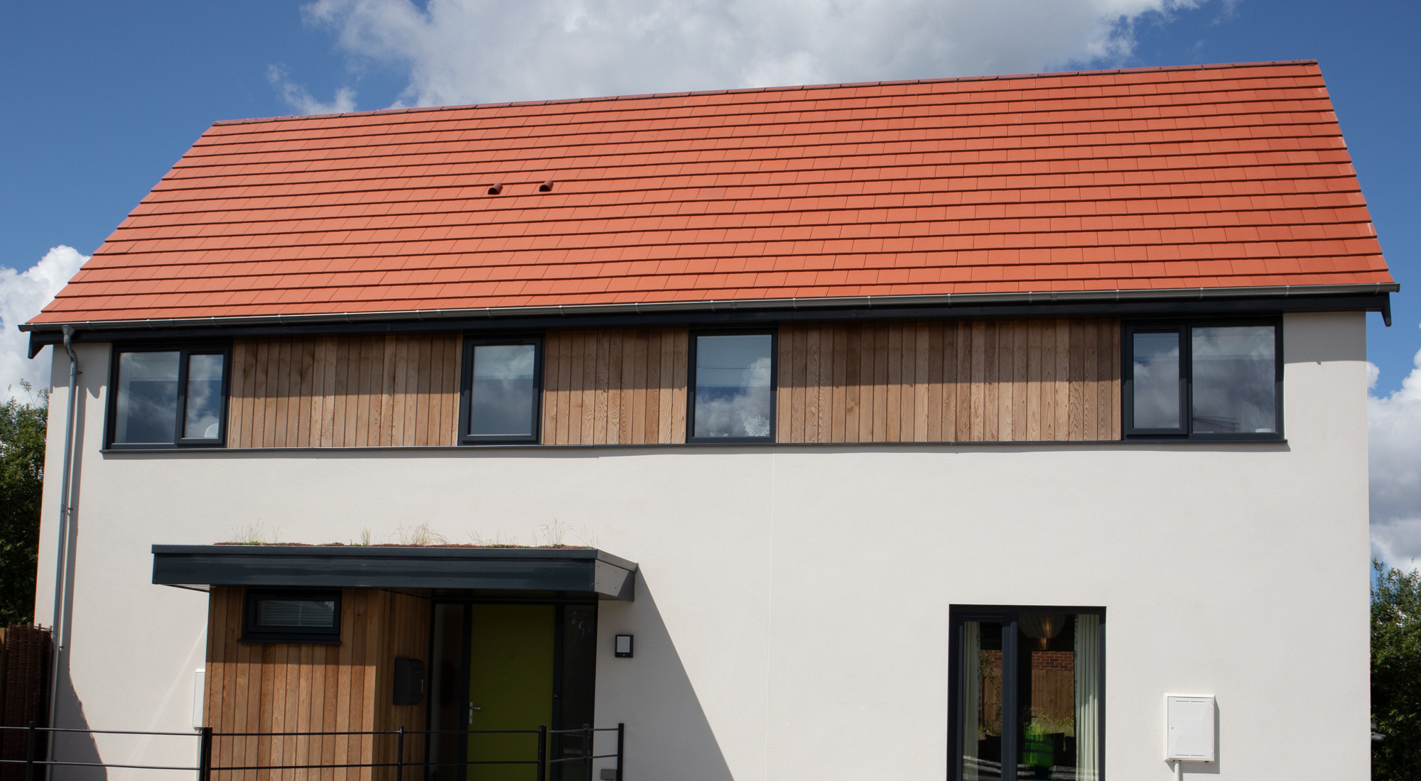 Planum Concrete Roof Tile in Cayenne Red